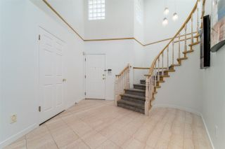 """Photo 3: 19 7711 WILLIAMS Road in Richmond: Broadmoor Townhouse for sale in """"The Gates"""" : MLS®# R2488663"""