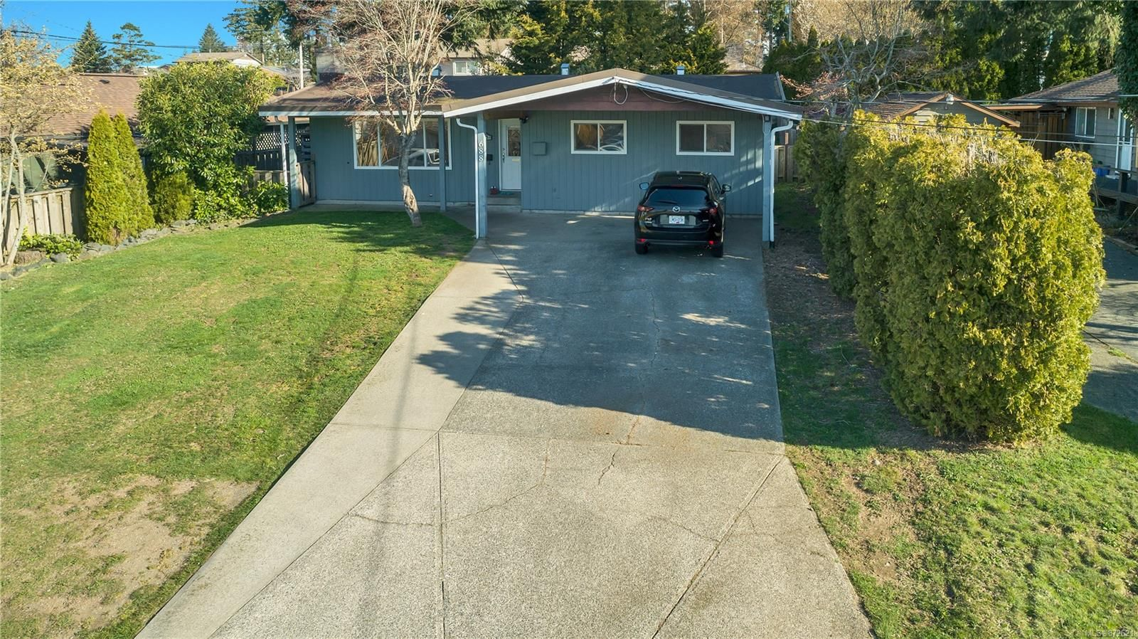 Main Photo: 688 Glenalan Rd in : CR Campbell River Central House for sale (Campbell River)  : MLS®# 872621
