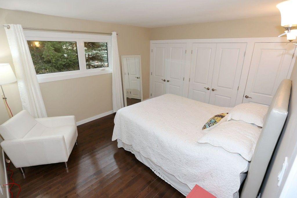 Photo 13: Photos: 306 Wildwood Park in Winnipeg: Wildwood Single Family Detached for sale (1J)  : MLS®# 1728410