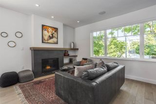 """Photo 2: 3365 QUEBEC Street in Vancouver: Main House for sale in """"Main Street"""" (Vancouver East)  : MLS®# R2204748"""