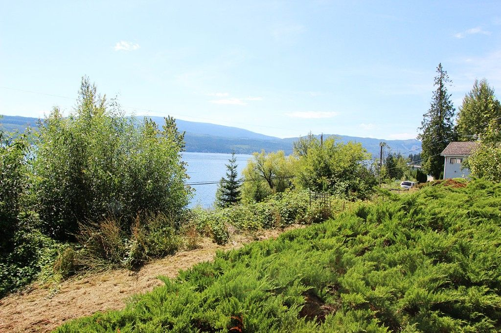 Photo 10: Photos: 8079 Squilax Anglemont Highway: St. Ives House for sale (North Shuswap)  : MLS®# 10179329