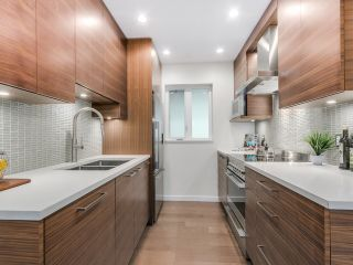 Photo 10: 1614 MAPLE Street in Vancouver: Kitsilano Townhouse for sale (Vancouver West)  : MLS®# R2014583