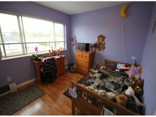 """Photo 9: 131 20820 87TH Avenue in Langley: Walnut Grove Townhouse for sale in """"SYCAMORES"""" : MLS®# F1308674"""
