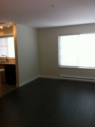 """Photo 3: 404 45561 YALE Road in Chilliwack: Chilliwack W Young-Well Condo for sale in """"The Vibe"""" : MLS®# R2279689"""