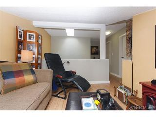 Photo 11: 12 Amber Pl in VICTORIA: VR Glentana House for sale (View Royal)  : MLS®# 635266