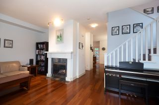 Photo 4: 43 15 FOREST PARK WAY in Port Moody: Heritage Woods PM Townhouse for sale : MLS®# R2526076