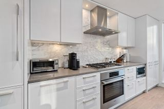 """Photo 7: 209 1055 RIDGEWOOD Drive in North Vancouver: Edgemont Townhouse for sale in """"CONNAUGHT"""" : MLS®# R2552673"""