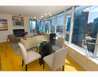 Photo 3: 2003 1233 W CORDOVA Street in Vancouver: Coal Harbour Condo for sale (Vancouver West)  : MLS®# V727596