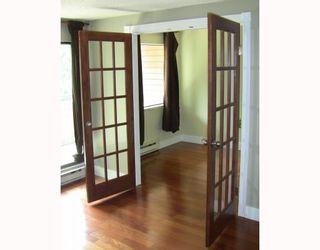 """Photo 3: 251 7293 MOFFATT Road in Richmond: Brighouse South Condo for sale in """"DORCHESTER CIRCLE"""" : MLS®# V780019"""