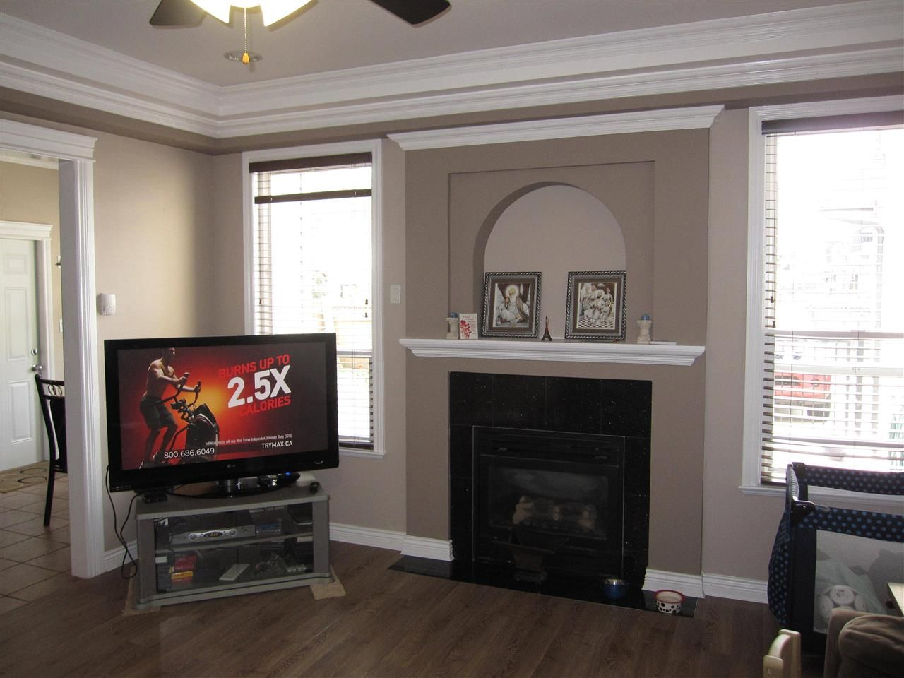 Photo 4: Photos: 12239 240 Street in Maple Ridge: East Central House for sale : MLS®# R2017770