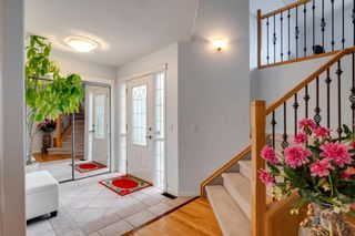 Photo 2: 17 Panorama Hills View NW in Calgary: Panorama Hills Detached for sale : MLS®# A1114083