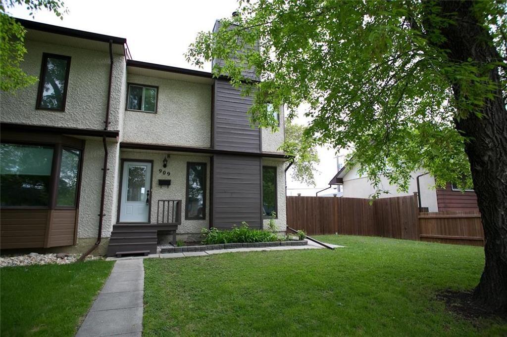 Main Photo: 909 Dugas Street in Winnipeg: Windsor Park Residential for sale (2G)  : MLS®# 202011455