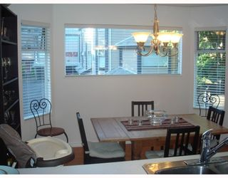 """Photo 5: 4 1195 FALCON Drive in Coquitlam: Eagle Ridge CQ Townhouse for sale in """"THE COURTYARDS"""" : MLS®# V775028"""