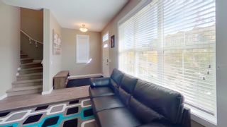 Photo 2: 2829 MAPLE Way in Edmonton: Zone 30 Attached Home for sale : MLS®# E4264154