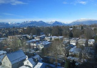 """Photo 2: 808 2689 KINGSWAY in Vancouver: Collingwood VE Condo for sale in """"SKYWAY TOWER"""" (Vancouver East)  : MLS®# R2268899"""