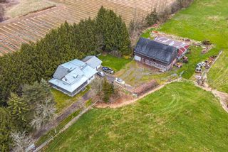 Photo 2: 3294 LEFEUVRE Road: House for sale in Abbotsford: MLS®# R2561237