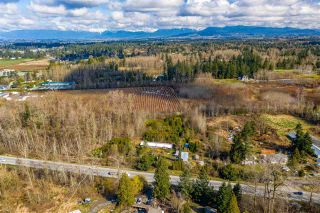 Photo 3: 24183 FRASER Highway in Langley: Salmon River House for sale : MLS®# R2586002
