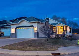 Main Photo: 404 Schooner Landing NW in Calgary: Scenic Acres Detached for sale : MLS®# A1092700