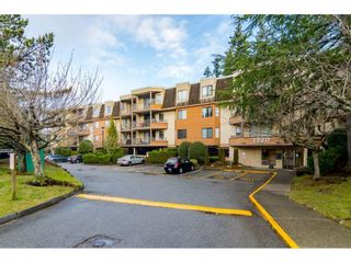 "Photo 2: 107 1720 SOUTHMERE Crescent in Surrey: Sunnyside Park Surrey Condo for sale in ""Spinnaker"" (South Surrey White Rock)  : MLS®# R2541652"