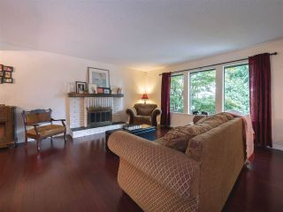 """Photo 6: 408 FERNHURST Place in Coquitlam: Coquitlam East House for sale in """"Dartmoor Heights"""" : MLS®# R2319741"""