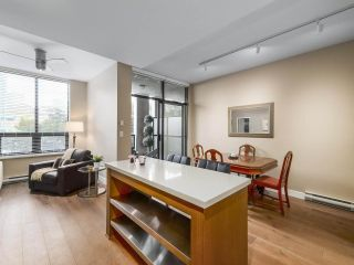 "Photo 7: 301 531 BEATTY Street in Vancouver: Downtown VW Condo for sale in ""METROLIVING"" (Vancouver West)  : MLS®# R2506076"