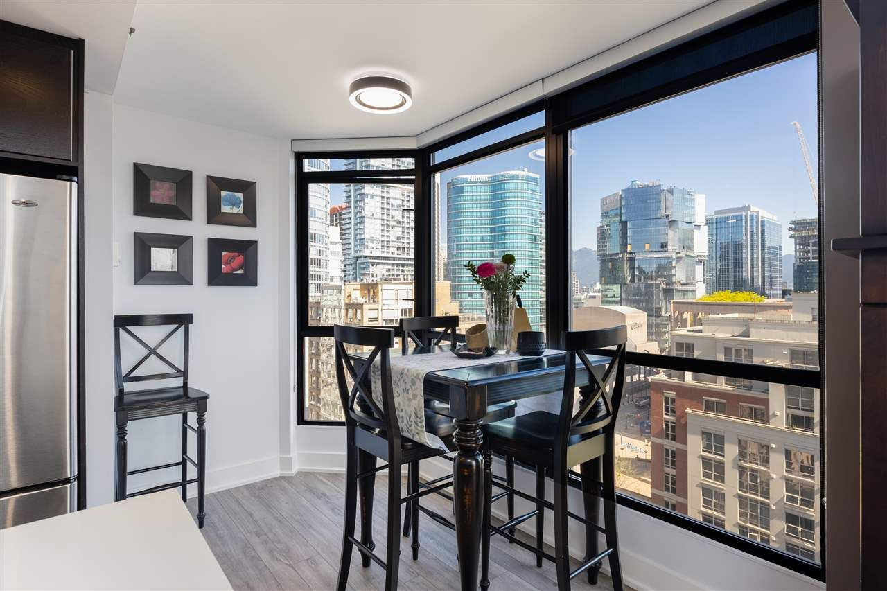 """Photo 10: Photos: 2101 867 HAMILTON Street in Vancouver: Downtown VW Condo for sale in """"Jardine's Lookout"""" (Vancouver West)  : MLS®# R2569511"""