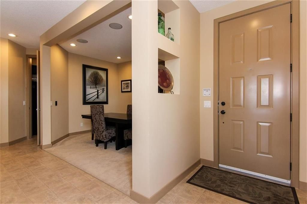Photo 2: Photos: 21 CRANBERRY Cove SE in Calgary: Cranston House for sale : MLS®# C4164201