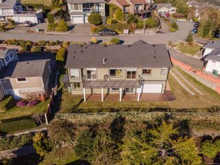 Photo 2: 210 Concordia Pl in : Na University District House for sale (Nanaimo)  : MLS®# 867314