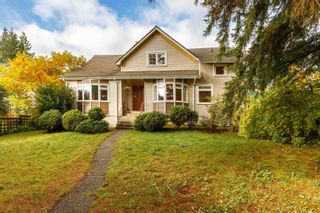 Main Photo: 186 W QUEENS Road in North Vancouver: Upper Lonsdale House for sale : MLS®# R2627777