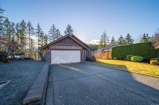 Photo 5: 2079 Mountain Vista Dr in : Na Diver Lake House for sale (Nanaimo)  : MLS®# 861683