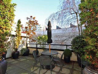 Photo 5: 2580 VINE Street in Vancouver: Kitsilano Townhouse for sale (Vancouver West)  : MLS®# V989268