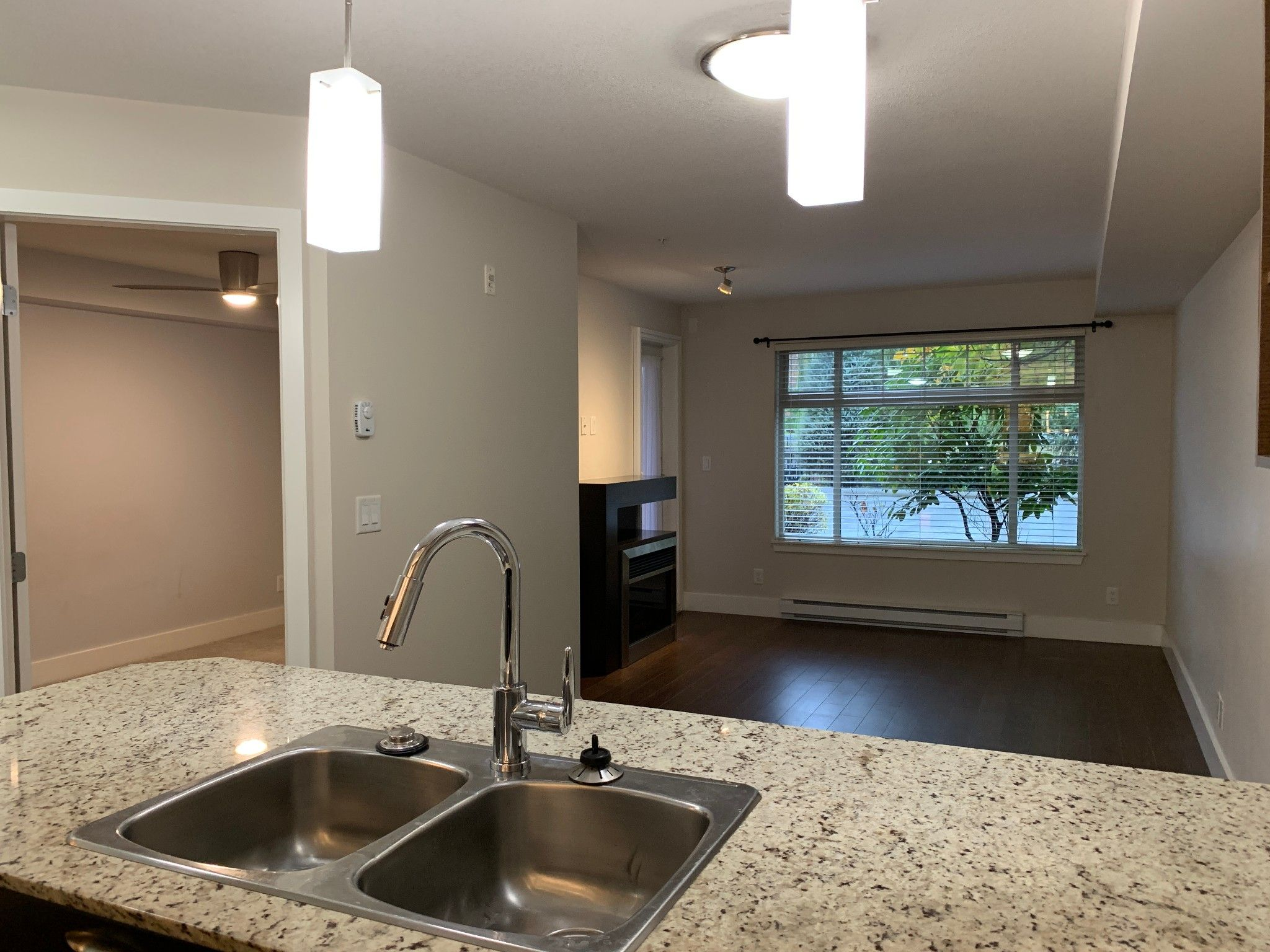 Photo 6: Photos: #131 2233 McKenzie Rd. in Abbotsford: Central Abbotsford Condo for rent