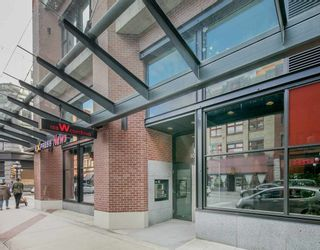"""Photo 16: 2309 108 W CORDOVA Street in Vancouver: Downtown VW Condo for sale in """"WOODWARDS W32"""" (Vancouver West)  : MLS®# R2146313"""