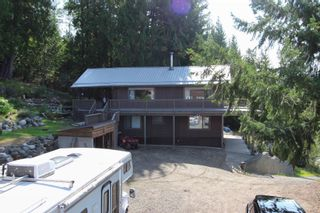 Photo 4: 7353 Kendean Road: Anglemont House for sale (North Shuswap)  : MLS®# 10239184