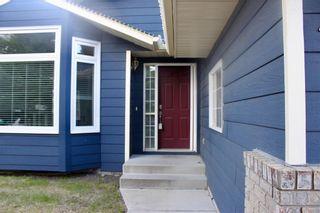 Photo 2: 148 WOODBEND Way: Okotoks House for sale : MLS®# C4170640