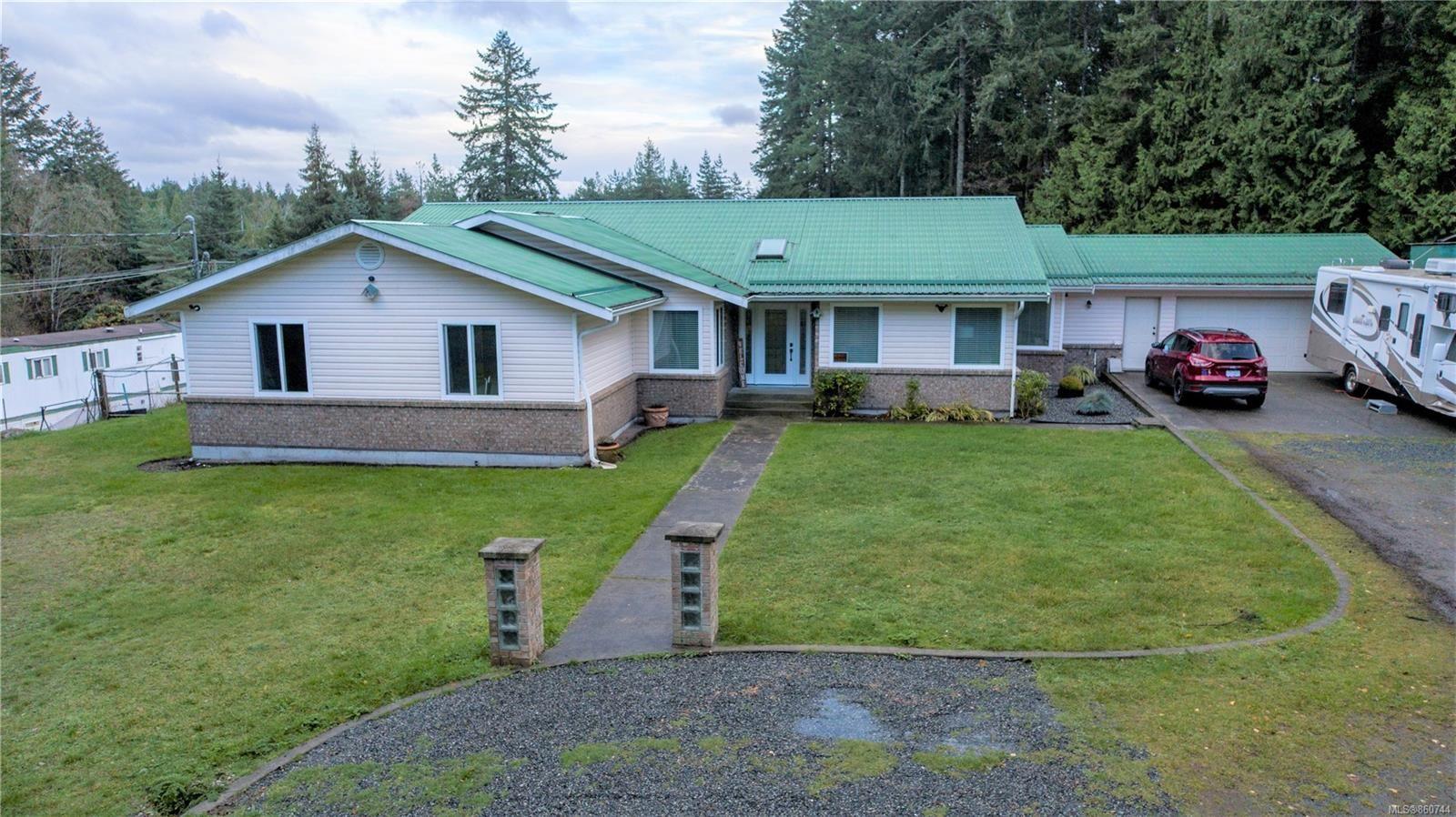 Main Photo: 3175 Farrar Rd in : Na Cedar House for sale (Nanaimo)  : MLS®# 860744