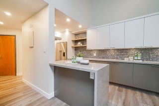 Photo 11: 412 2320 W 40TH Avenue in Vancouver: Kerrisdale Condo for sale (Vancouver West)  : MLS®# R2406266