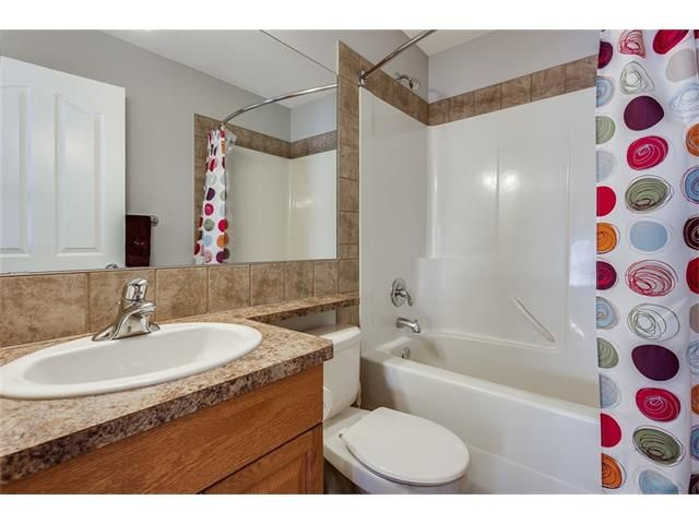 Photo 28: Photos: 46 PRESTWICK Parade SE in Calgary: McKenzie Towne House for sale : MLS®# C4103009