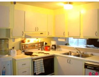 "Photo 4: 73 9950 WILSON Street in Mission: Stave Falls Manufactured Home for sale in ""RUSKIN PLACE"" : MLS®# F2729674"