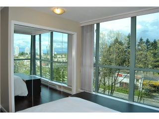 Photo 7: 801 6611 SOUTHOAKS Crescent in Burnaby: Highgate Condo for sale (Burnaby South)  : MLS®# V947277