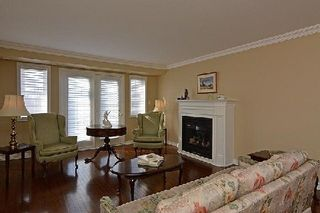 Photo 5: 3 520 Silken Laumann Drive in Newmarket: Stonehaven-Wyndham Condo for sale : MLS®# N2830648