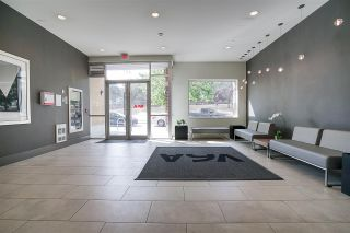 """Photo 3: 219 221 UNION Street in Vancouver: Mount Pleasant VE Condo for sale in """"V6A"""" (Vancouver East)  : MLS®# R2201874"""