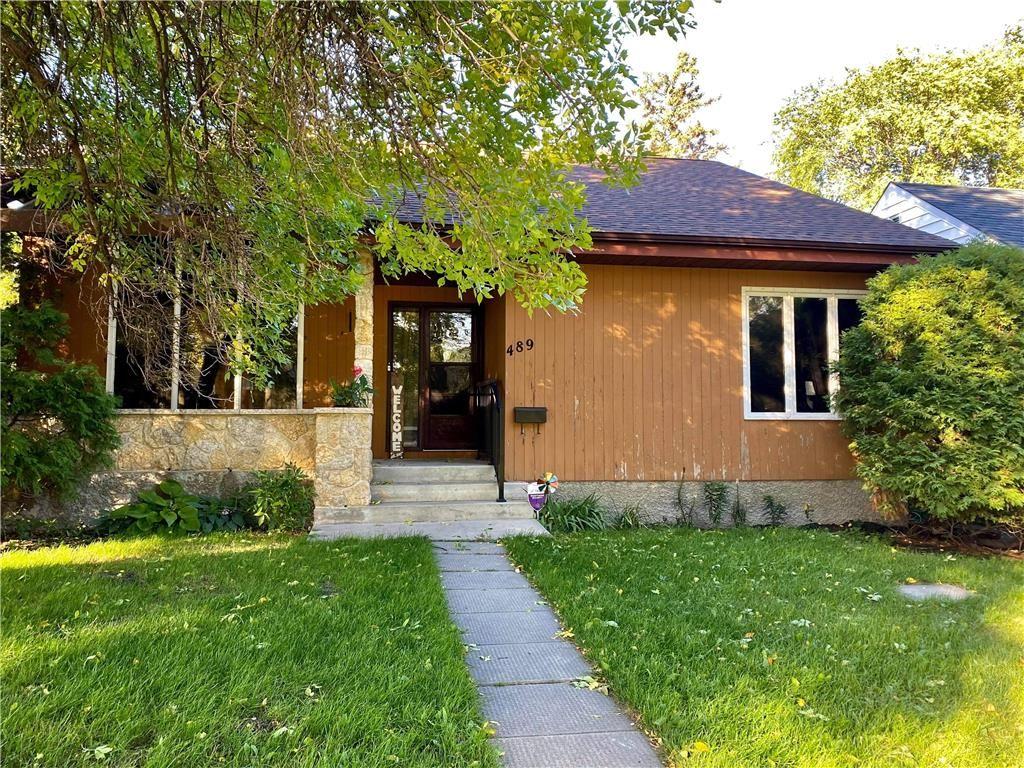 Main Photo: 489 Seven Oaks Avenue in Winnipeg: West Kildonan Residential for sale (4D)  : MLS®# 202122108