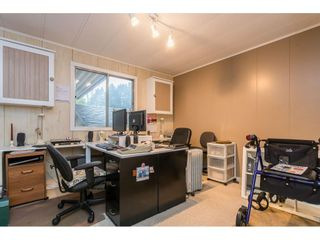 """Photo 23: 280 1840 160 Street in Surrey: King George Corridor Manufactured Home for sale in """"BREAKAWAY BAYS"""" (South Surrey White Rock)  : MLS®# R2517093"""