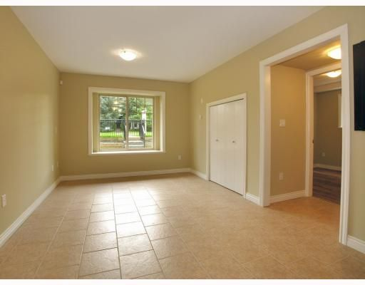 Photo 5: Photos: 5825 WOODSWORTH Street in Burnaby: Central BN 1/2 Duplex for sale (Burnaby North)  : MLS®# V748580