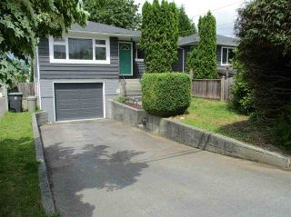 Photo 2: 19359 HAMMOND Road in Pitt Meadows: Central Meadows 1/2 Duplex for sale : MLS®# R2073945