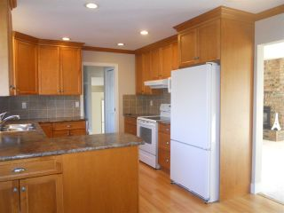 """Photo 4: 32744 NANAIMO Close in Abbotsford: Central Abbotsford House for sale in """"Parkside Estates"""" : MLS®# R2117656"""