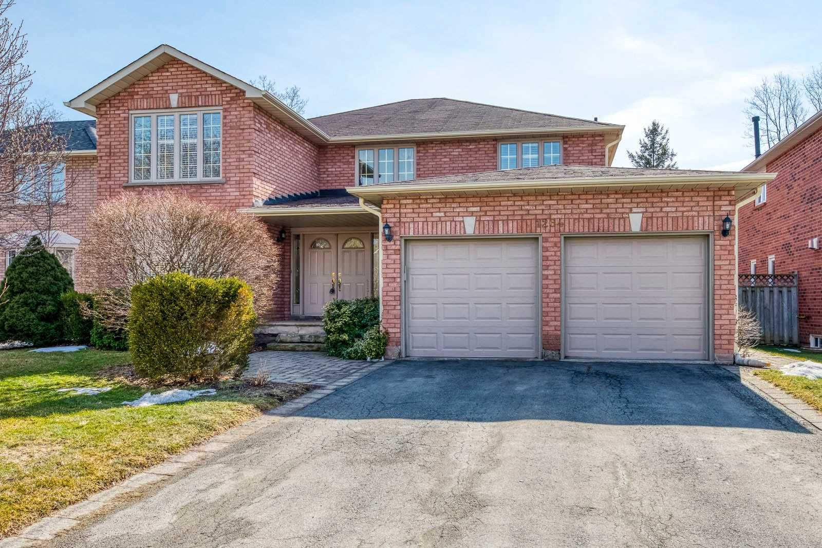 Main Photo: 1264 Springwood Crescent in Oakville: Glen Abbey House (2-Storey) for sale : MLS®# W5146442