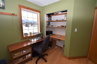 """Photo 25: 1420 SUNNY POINT Drive in Smithers: Smithers - Town House for sale in """"Silverking"""" (Smithers And Area (Zone 54))  : MLS®# R2546950"""