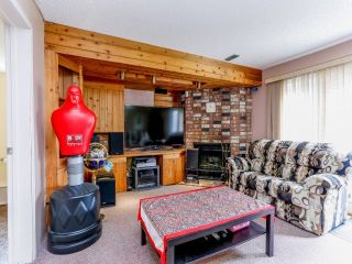 Photo 10: 14435 CHARTWELL Drive in Surrey: Bear Creek Green Timbers House for sale : MLS®# F1402457